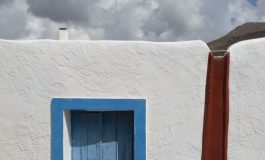 Greece is heading for  a record tourist season - Greek American Community  will meet the challenge
