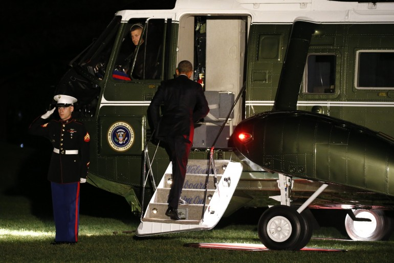 obama-helicopter-greece