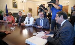 Eide pauses shuttle diplomacy with leaders and goes to Athens