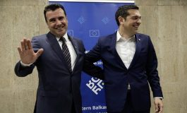 Tsipras – Zaev forge a historic deal to resolve the name dispute – UN, US, EU, NATO welcome the agreement – Main opposition parties in both Greece and Skopje condemn it