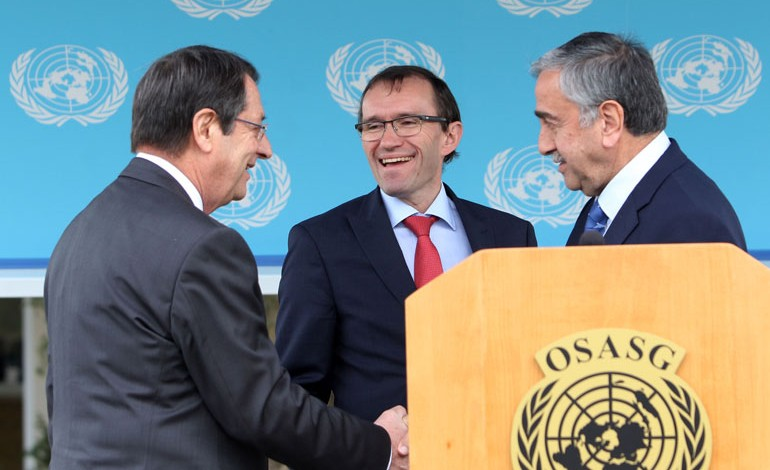 Eide Pushes for a Meeting of the Leaders with the Guarantors in Davos