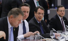 UK, EU Strike Deal to Avert Brexit Threat; Greece Gains Time