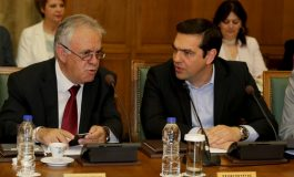 Greece wants to tap bond markets next year, says debt relief will help