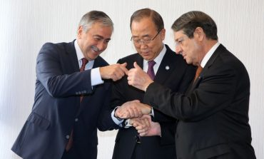 "UN SG Ban Ki-moon takes charge to save Cyprus talks, encourages leaders to do ""utmost"" to overcome hurdle"