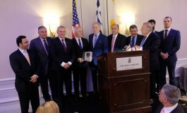 Defense Minister Apostolakis honored at 35th PSEKA Conference