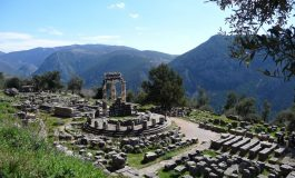 Let's Go to Delphi, The Navel of the Earth