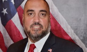Greek-American Mike Siderakis runs for  State Senate at Suffolk's 2nd District