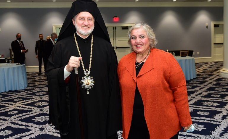 Elpidophoros thanks Greece for donation to Holy Cross