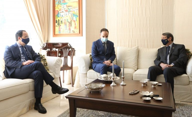 Anastasiades sends message of cooperation to Turkish Cypriots