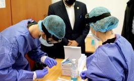 Greece offers Covid-19 self- tests free of charge and eases measures while cases/deaths rise