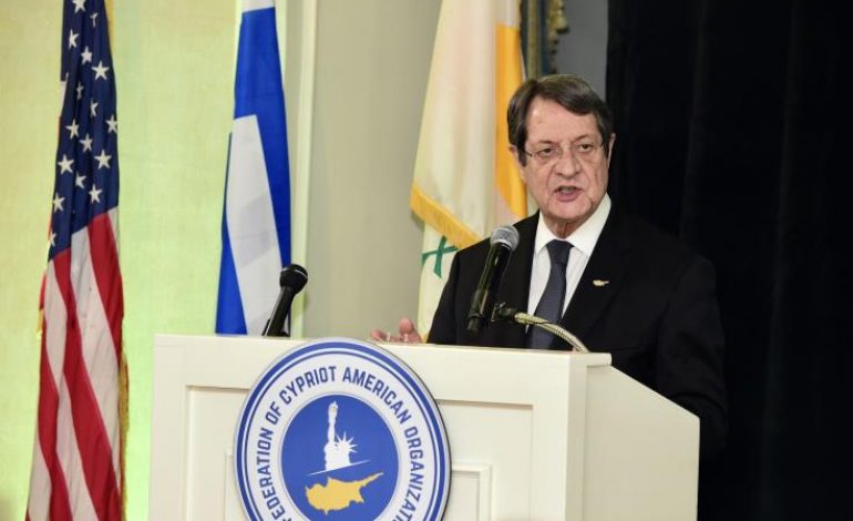 No blackmails on the Cyprus issue can be accepted, President told Cypriot Americans